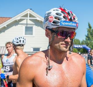 Petter Northug jr. stiller til start i Kanalrennet, søndag 5. september. Bildet er tatt i 2018, da skikongen også deltok i rennet.