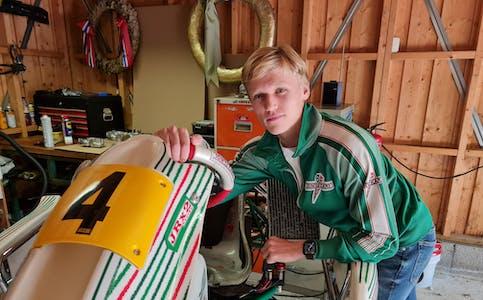 Italia: Jonas Holte Rød (18) fra Lunde deltar neste uke i VM i Italia. Her skal han konkurrere mot de beste i verden i Verdensfinalen i Iame-series i gokart.