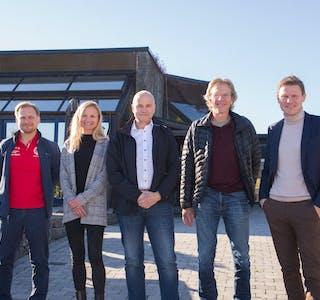Denne gjengen satser internasjonalt: Fra venstre Ole-Bjørn Mælandsmo (Heddal IL), Marianne Dale (Visit Bø), Terje Mognes (IL Skade), Terje Wold (Skarphedin) og Tormod Hynne (TelemarksVeka).